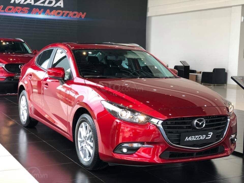 Mazda Long Biên- giá xe Mazda 3 tháng 11 khuyến mại lên đến 70 triệu- hỗ trợ vay trả góp lãi suất 0% (4)