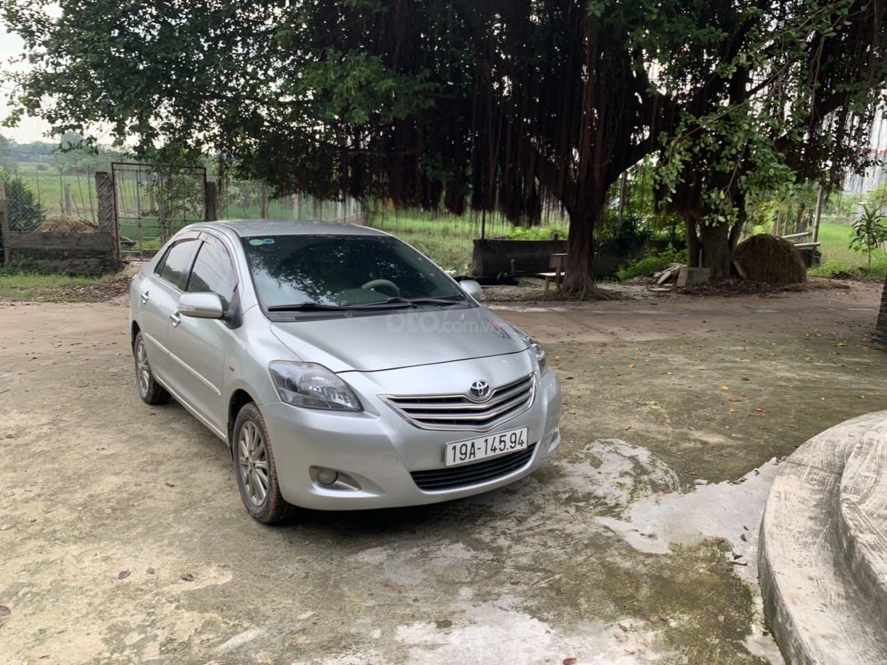 Lên đời bán xe Toyota Vios 2012, màu bạc như mới (4)