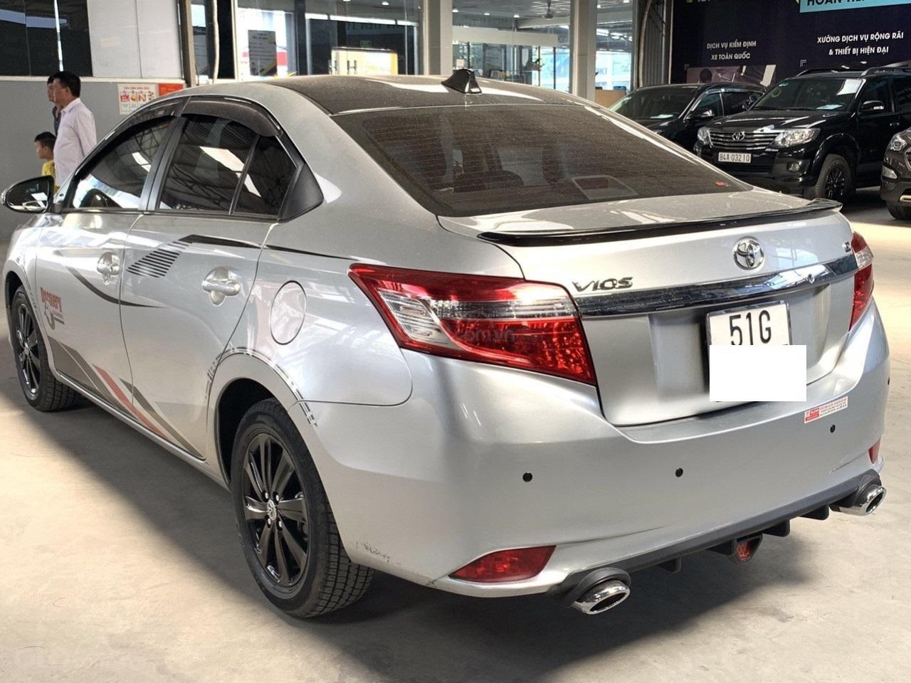 Hãng bán Toyota Vios G 1.5AT, đời 2017, màu bạc, biển Sài Gòn (4)