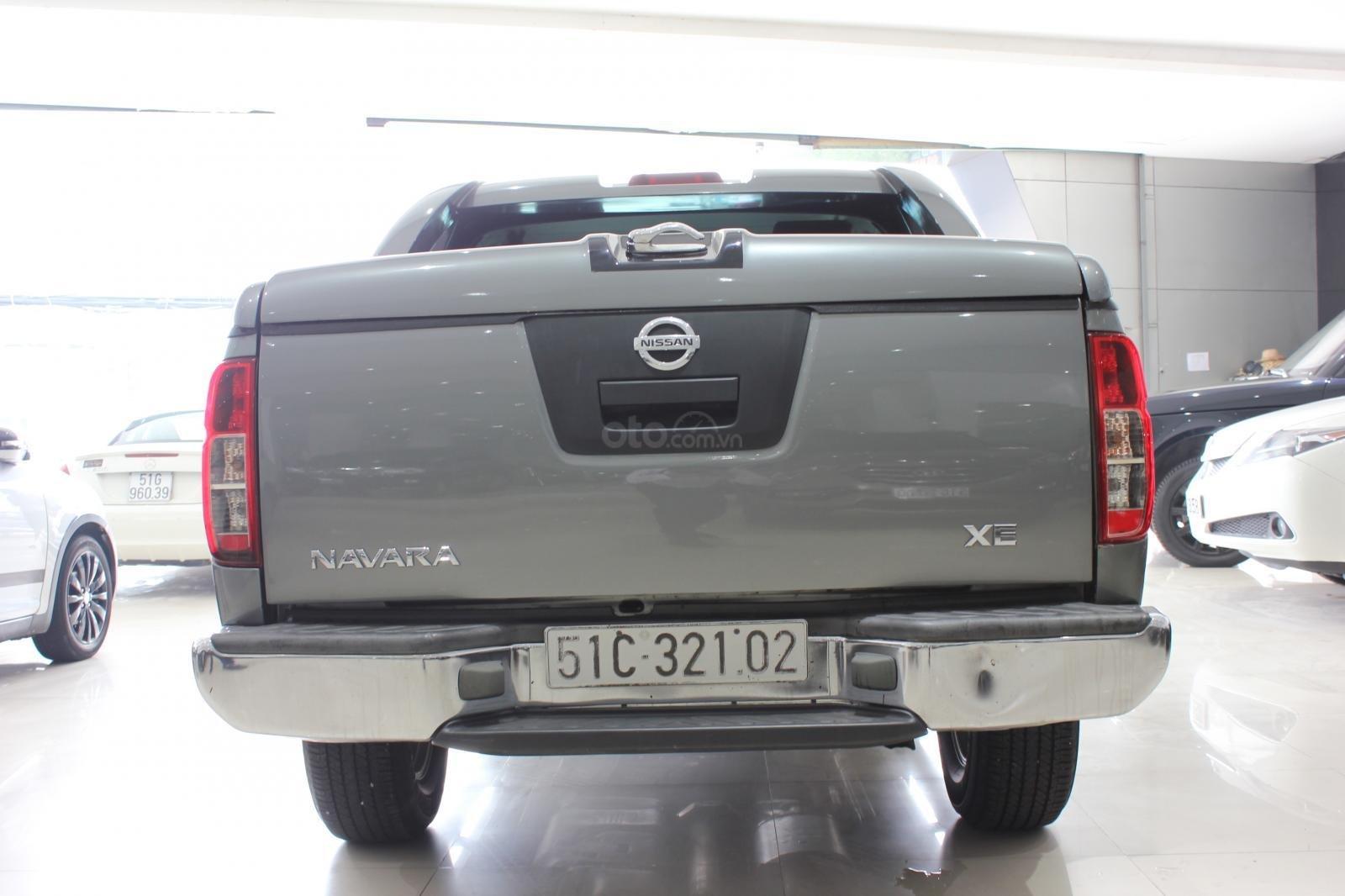 Cần bán Nissan Navara 2.5AT biển Sài Gòn nhập Thái đời 2013, màu xám (ghi), xe nhập (6)