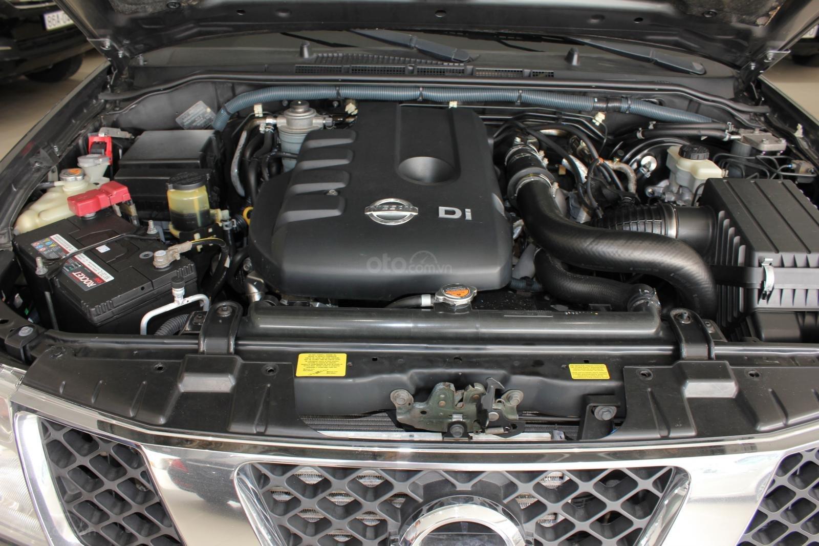 Cần bán Nissan Navara 2.5AT biển Sài Gòn nhập Thái đời 2013, màu xám (ghi), xe nhập (16)