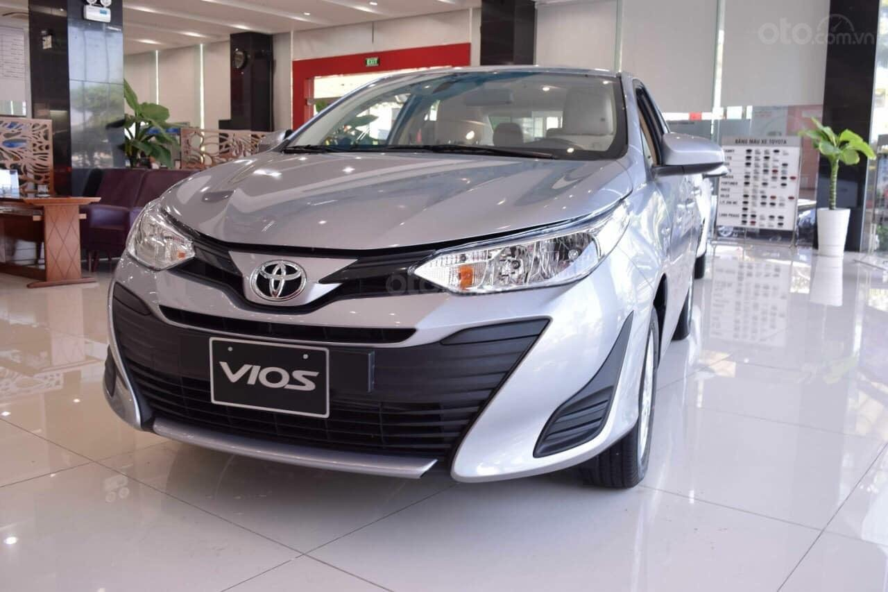 Bán xe Vios số sàn, nhiều quà tặng hấp dẫn trong tháng 11. Liên hệ ngay Toyota An Sương (1)