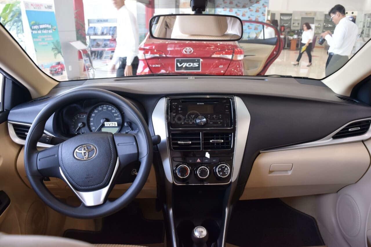 Bán xe Vios số sàn, nhiều quà tặng hấp dẫn trong tháng 11. Liên hệ ngay Toyota An Sương (4)