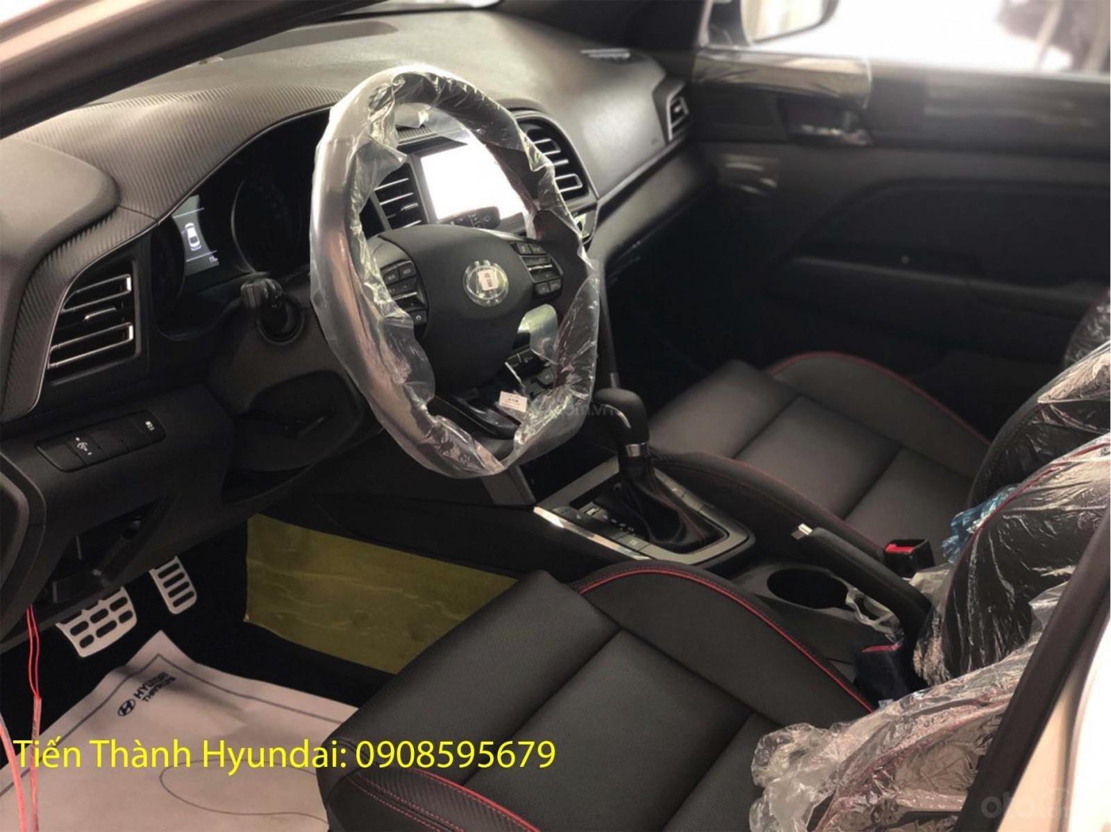 Hyundai Elantra 1.6 Turbo giảm ngay 50tr và gói phụ kiện 15tr, full màu chọn lựa (5)