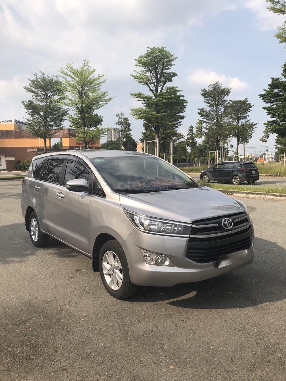 Bán Toyota Innova 2.0E năm 2017, xe trang bị đầy đủ bán lại giá 660 triệu (2)