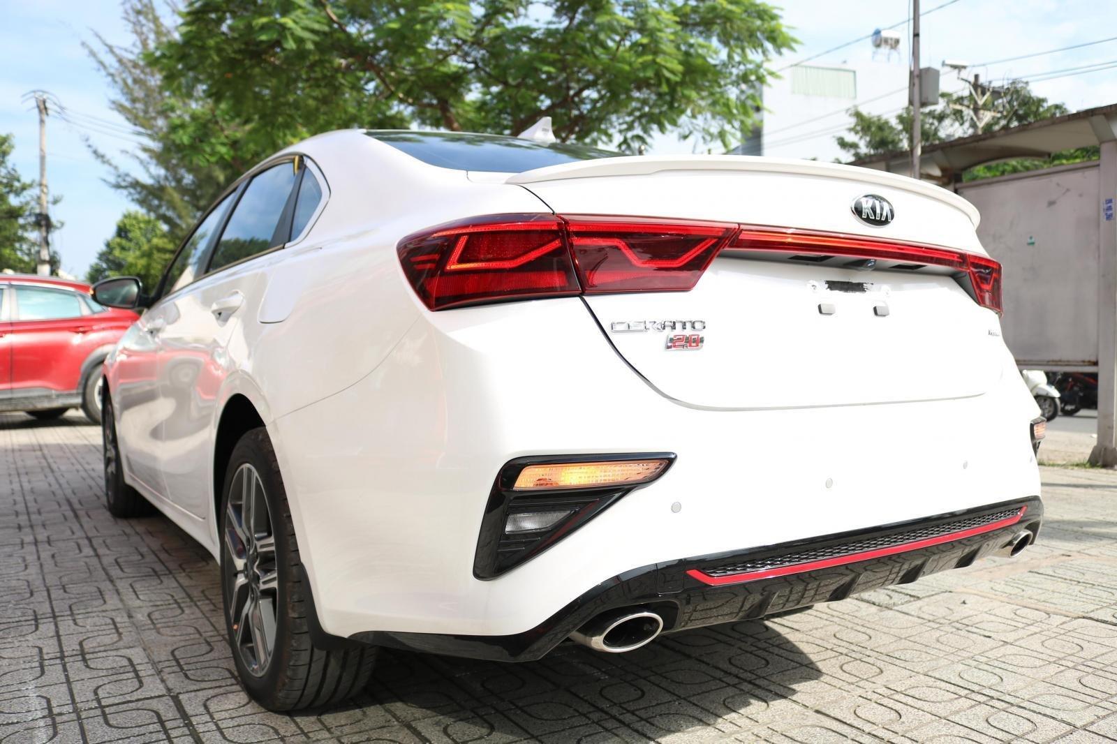 Kia Cerato 2019 - Màu trắng - mới 100% - giá tốt huyện Củ Chi (10)