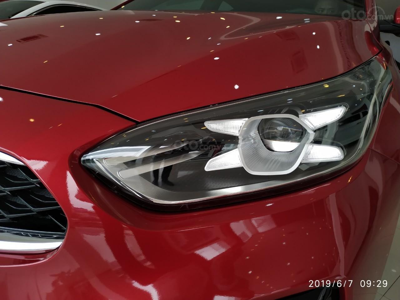 Kia Cerato 2.0 Prenium 2019, ưu đãi tháng 11 giảm giá cực sâu, tặng nhiều KM (TM PK) LH: 0389245245 (8)