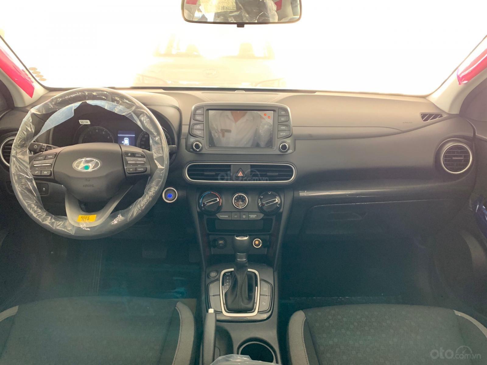 Hyundai Kona tiêu chuẩn_0986689893 (2)