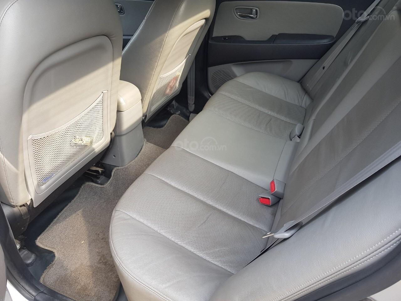 Cần bán Hyundai Avante năm sản xuất 2014, nhập khẩu (7)