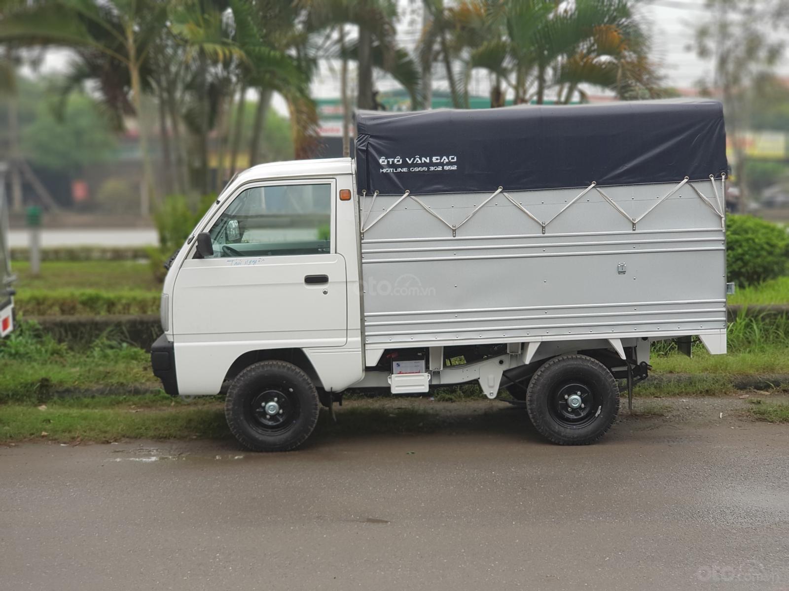Xe tải Suzuki 5 tạ thùng dài 2m2 thùng đặc trưng khuyến mại lớn. Gọi ngay: 0989 888 507 (2)