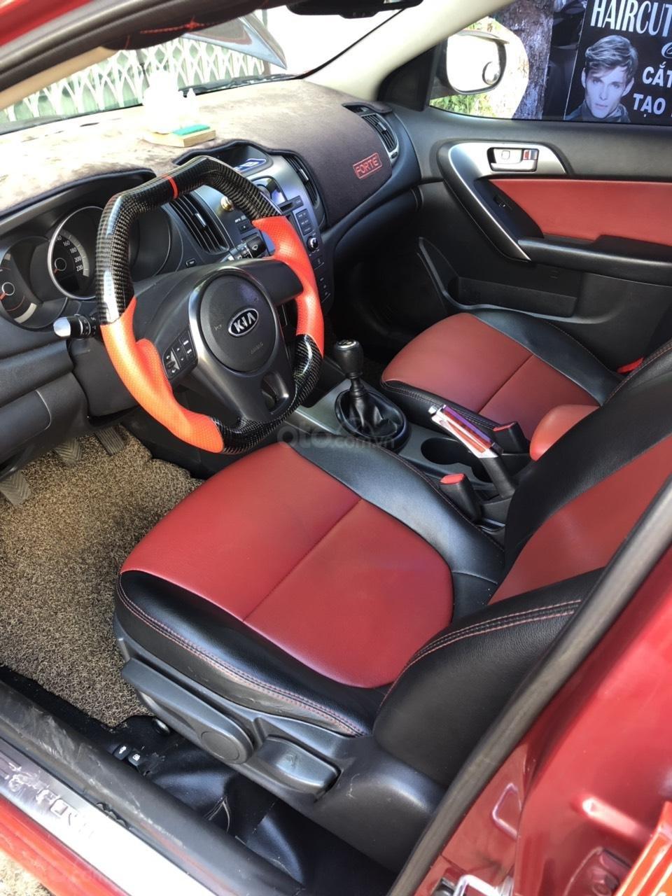 Cần bán Kia Forte sx 2010, xe full đồ chơi tầm 80tr, xe mình đi nên giữ gìn kĩ, xem xe thích ngay, LH: 0988644446 (7)
