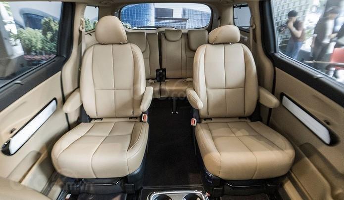 Kia Sedona sẵn xe giao ngay, ưu đãi lên đến 60tr, nhiều quà tặng hấp dẫn. LH: 0949.820.072 (6)