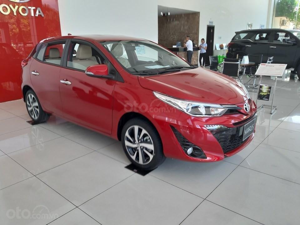 Toyota Giải Phóng- Bán xe Yaris 2019 giao ngay, giá tốt, ưu đãi vay 85%, lãi suất 0%. LH 0973.160.519 (1)