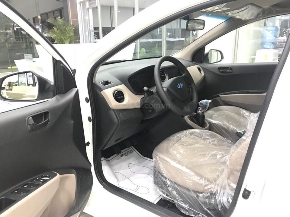 Hyundai Grand I10 sedan 1.2 AT số tự động, hỗ trợ Grab, taxi, trả trước chỉ từ 100 triệu, liên hệ 0931676801 (2)