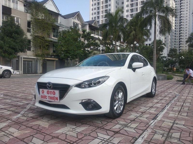 Bán Mazda 3 1.5AT đời 2017, màu trắng như mới, giá tốt (3)