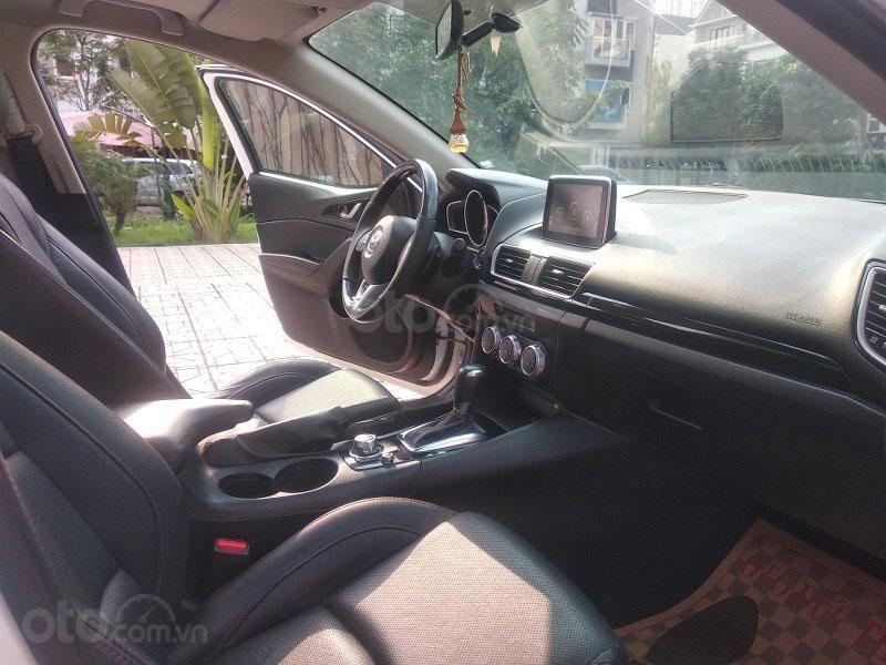 Bán Mazda 3 1.5AT đời 2017, màu trắng như mới, giá tốt (8)