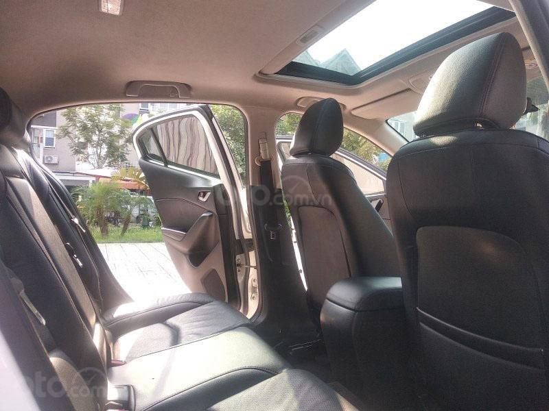 Bán Mazda 3 1.5AT đời 2017, màu trắng như mới, giá tốt (13)