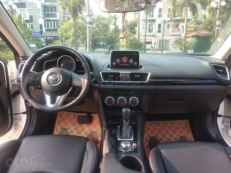 Bán Mazda 3 1.5AT đời 2017, màu trắng như mới, giá tốt (9)