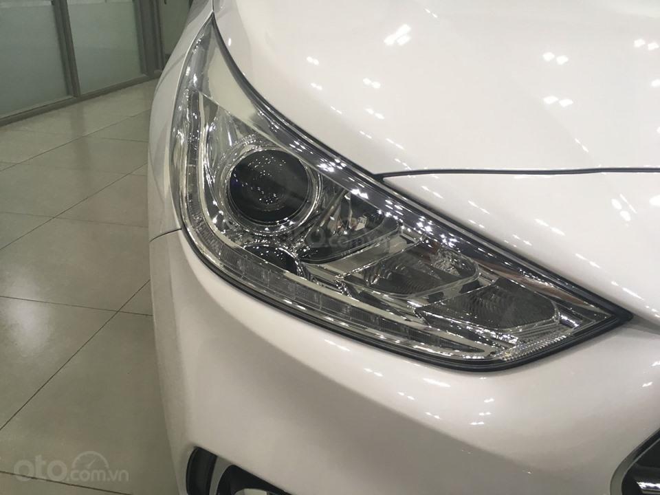 Hyundai Grand I10 sedan 1.2 AT số tự động, hỗ trợ Grab, taxi, trả trước chỉ từ 100 triệu, liên hệ 0931676801 (4)