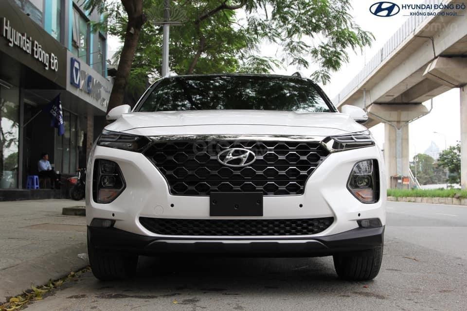 Hyundai Santa Fe 2019, giảm tiền mặt + tặng phụ kiện 50tr, hỗ trợ vay 85%, lãi suất thấp, giao xe tận nơi (1)