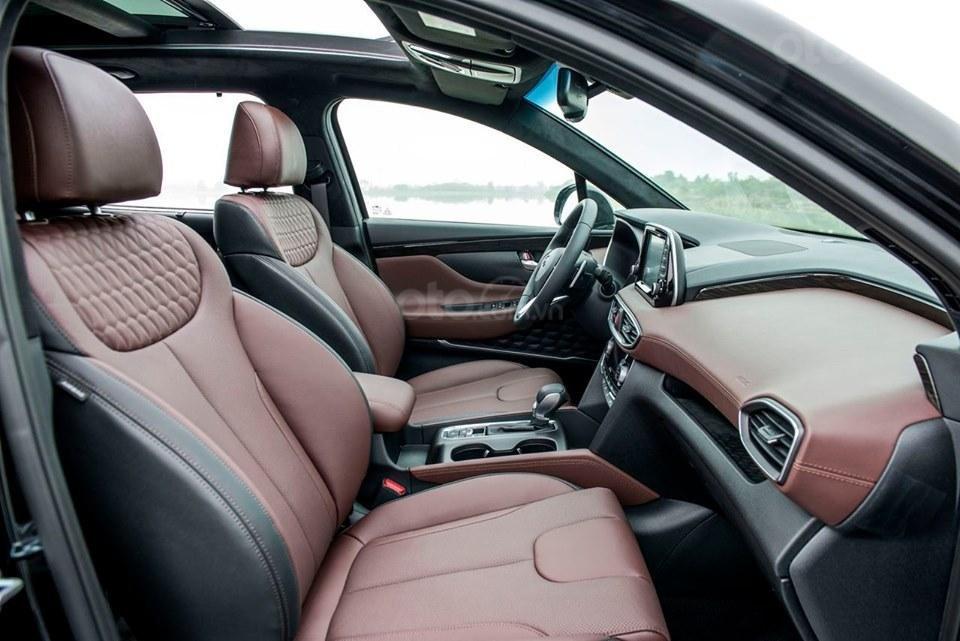 Hyundai Santa Fe 2019, giảm tiền mặt + tặng phụ kiện 50tr, hỗ trợ vay 85%, lãi suất thấp, giao xe tận nơi (3)