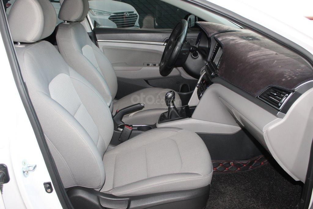 Hyundai Elantra 1.6MT 2016, có bảo hành và trả góp 70%, bao test (6)