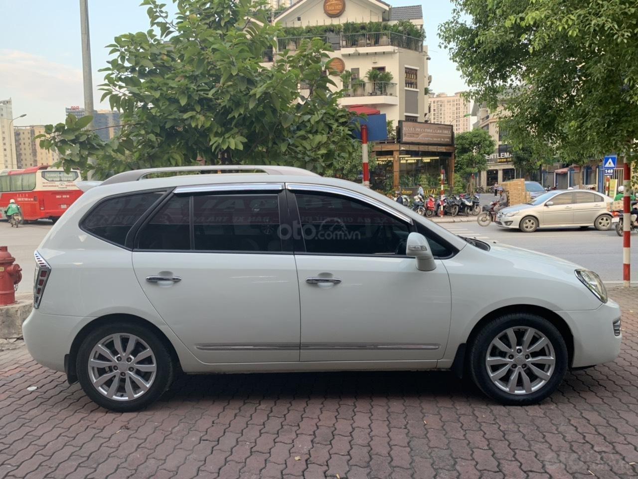 Bán xe Kia Carens 2.0AT năm 2011, màu trắng (4)