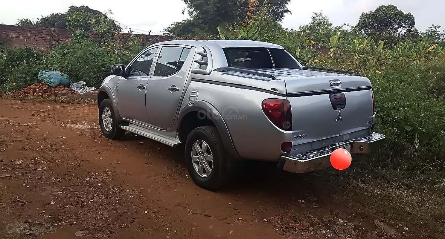 Bán ô tô Mitsubishi Triton đời 2013, màu bạc, nhập khẩu nguyên chiếc chính hãng (2)