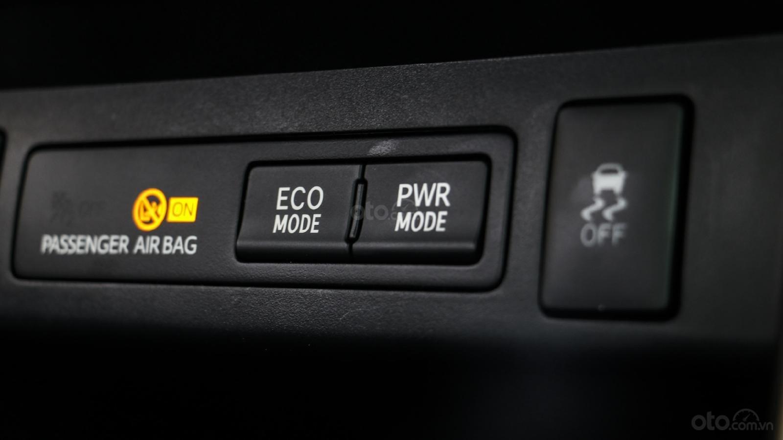 Mua xe Innova giá sốc nhất chỉ trong tháng 11 (4)