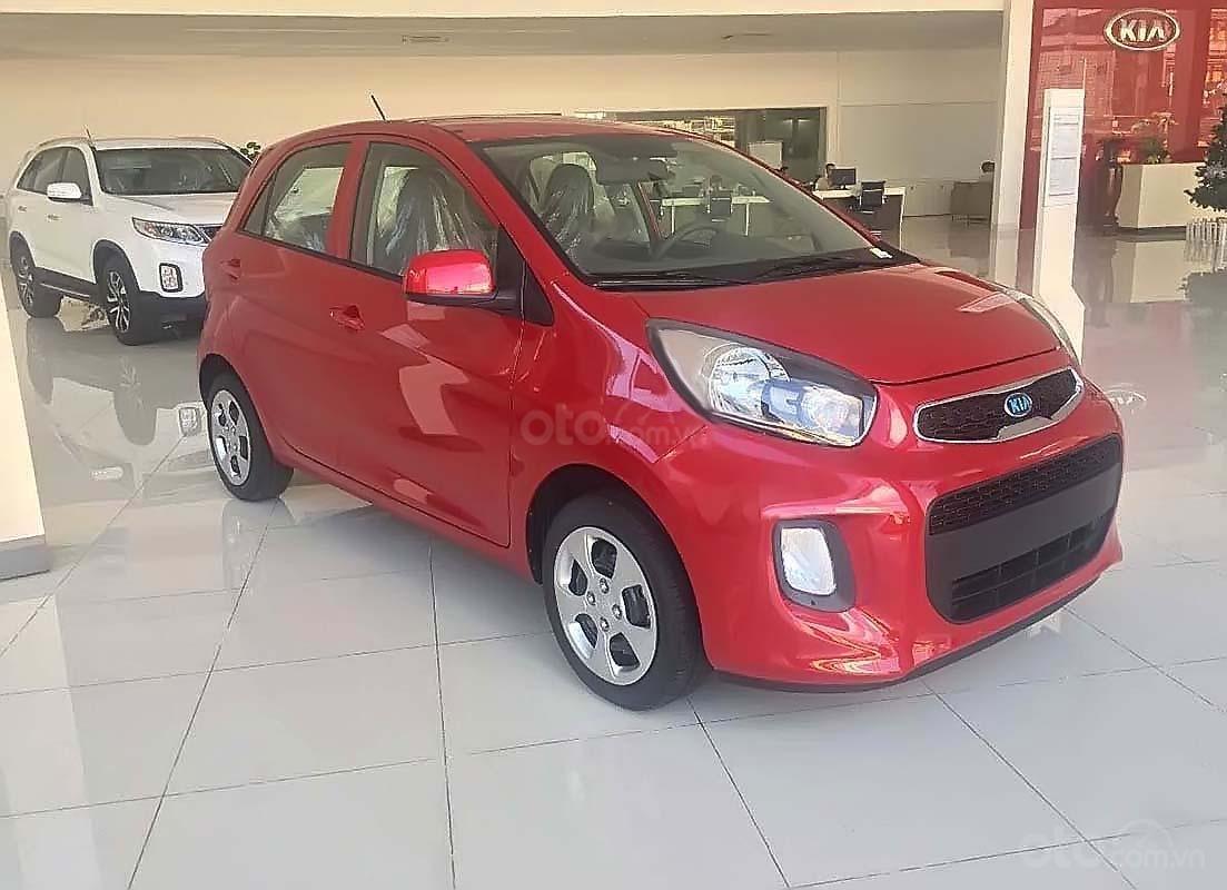 Bán ô tô Kia Morning MT sản xuất 2019, màu đỏ (1)