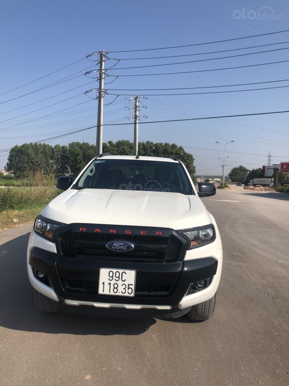 Cần bán gấp Ford Ranger đời 2017, màu trắng, nhập khẩu, giá tốt 550 triệu đồng (1)