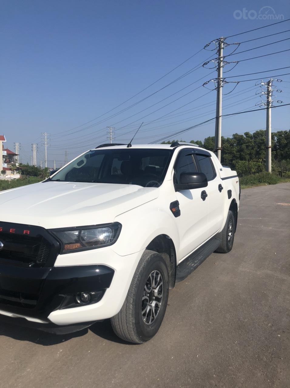 Cần bán gấp Ford Ranger đời 2017, màu trắng, nhập khẩu, giá tốt 550 triệu đồng (3)