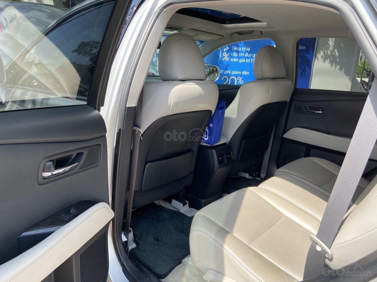 Cần bán lại xe Lexus RX năm 2015, màu bạc, xe nhập khẩu, đi giữ gìn, mới 99,9% bao test (6)