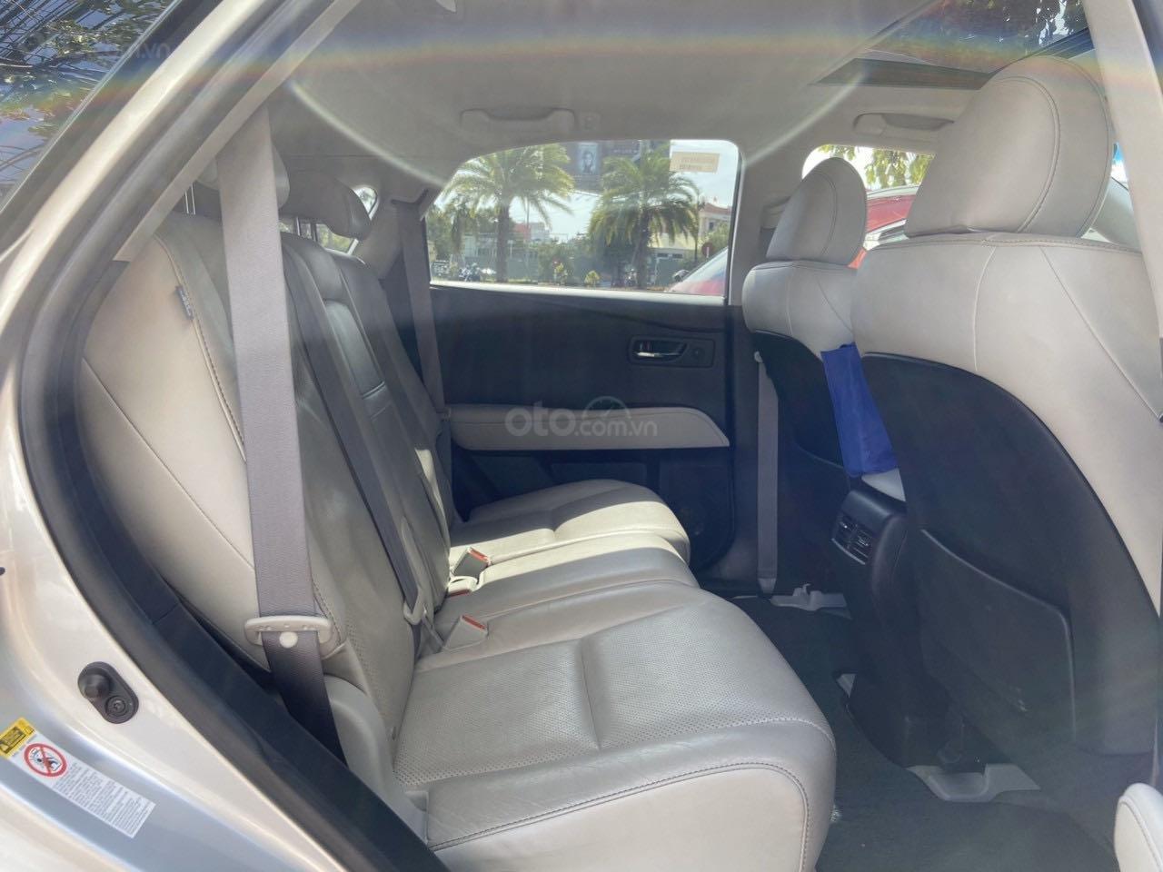 Cần bán lại xe Lexus RX năm 2015, màu bạc, xe nhập khẩu, đi giữ gìn, mới 99,9% bao test (5)