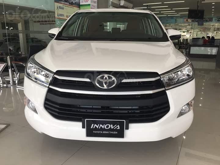 Tháng hỗ trợ 50% thuế trước bạ cho xe Innova (1)