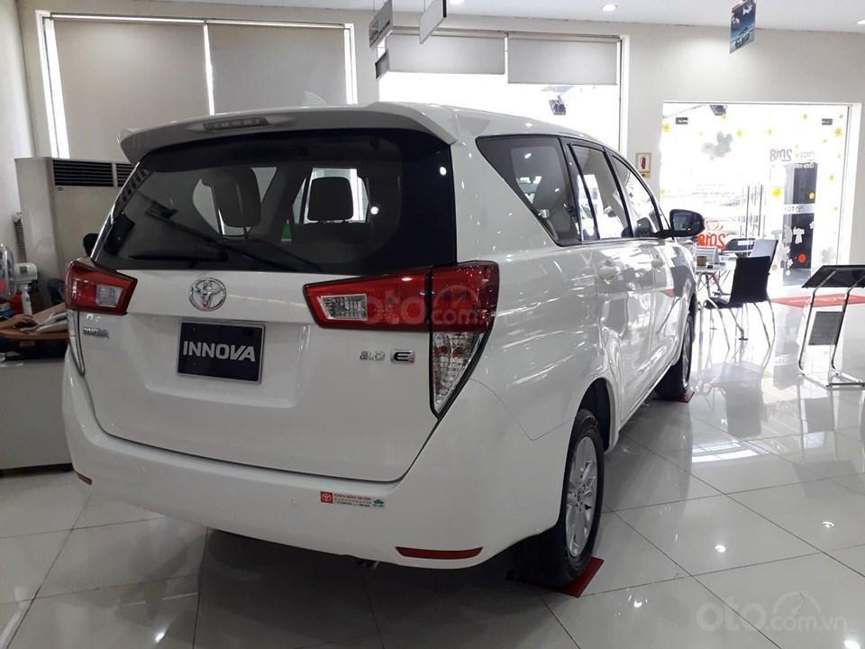 Tháng hỗ trợ 50% thuế trước bạ cho xe Innova (3)