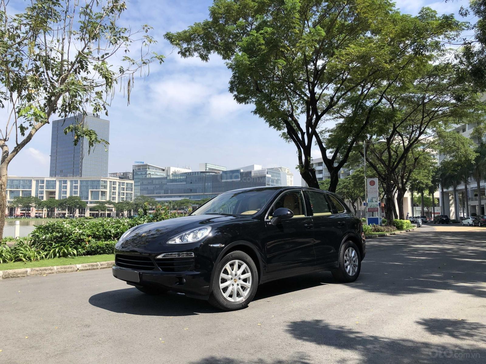 Cần bán Porsche Cayenne năm 2011, màu đen, xe nhập, giá chỉ 1 tỷ 790 triệu đồng (1)
