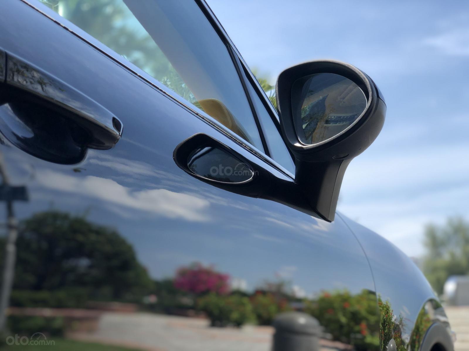 Cần bán Porsche Cayenne năm 2011, màu đen, xe nhập, giá chỉ 1 tỷ 790 triệu đồng (13)