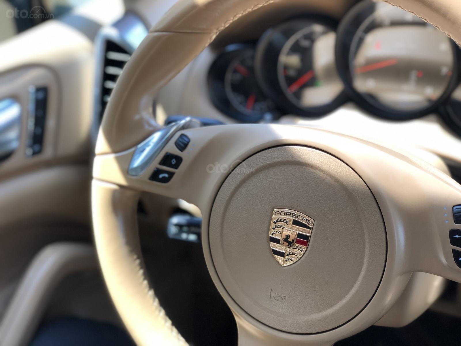 Cần bán Porsche Cayenne năm 2011, màu đen, xe nhập, giá chỉ 1 tỷ 790 triệu đồng (15)