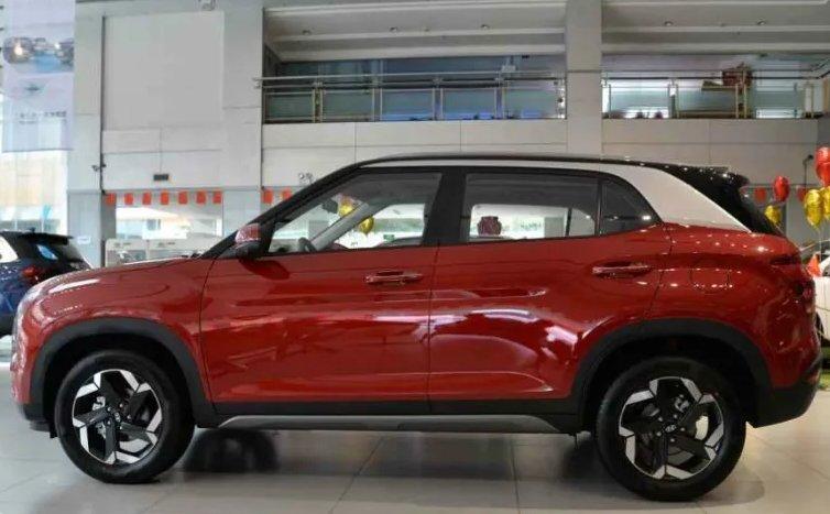 So sánh Hyundai Creta 2020 vớithế hệ cũ về ngoại, nội thất.
