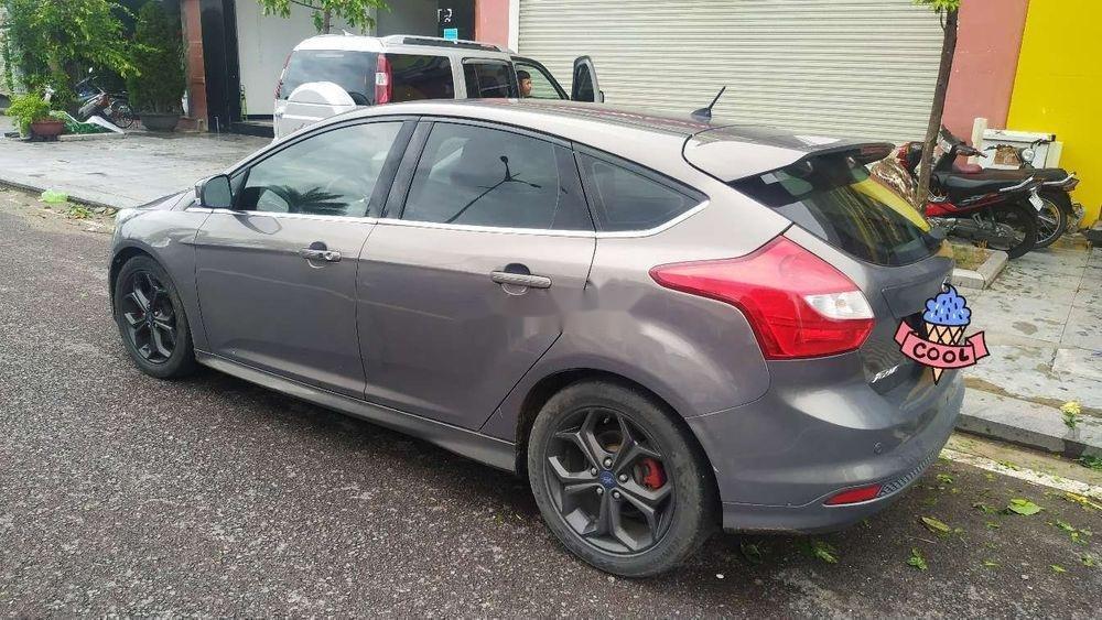 Cần bán xe Ford Focus đời 2014, màu xám xe gia đình, giá 495tr xe nguyên bản (1)
