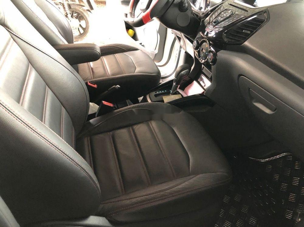 Bán Ford EcoSport Titanium Black Edition AT sản xuất 2017, màu trắng như mới (6)