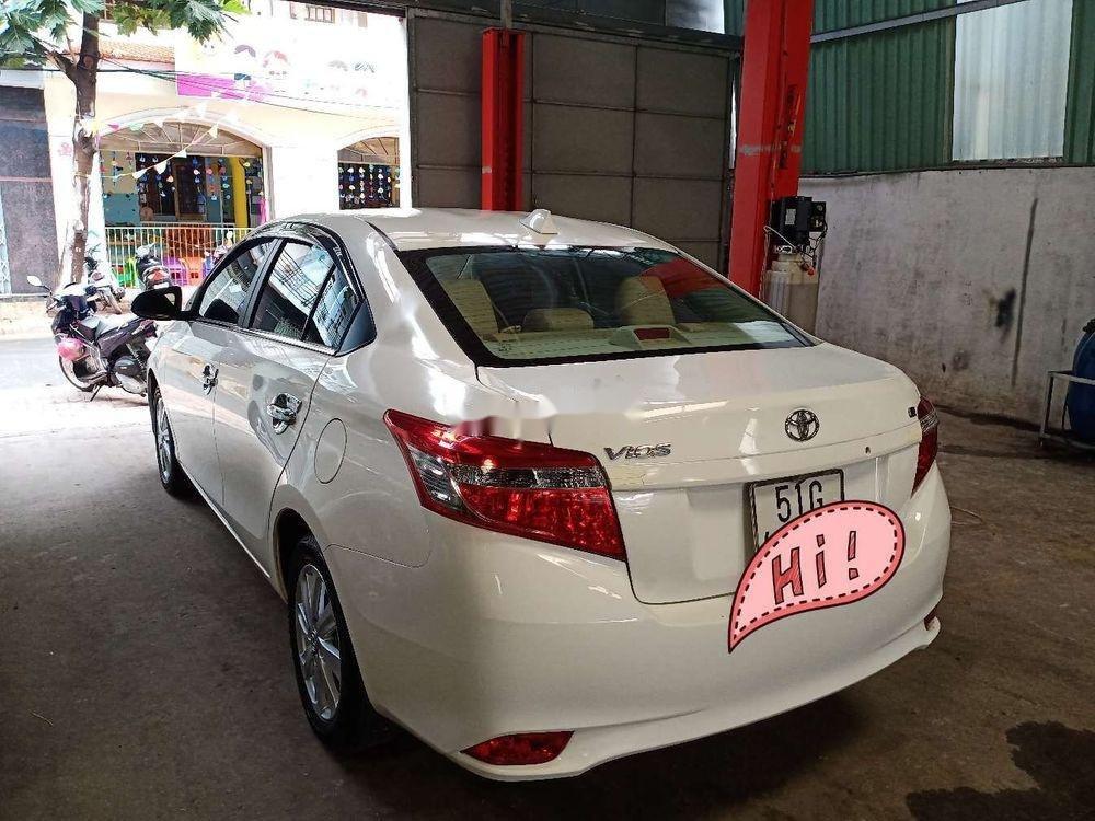 Bán Toyota Vios đời 2017, màu trắng, giá tốt (2)