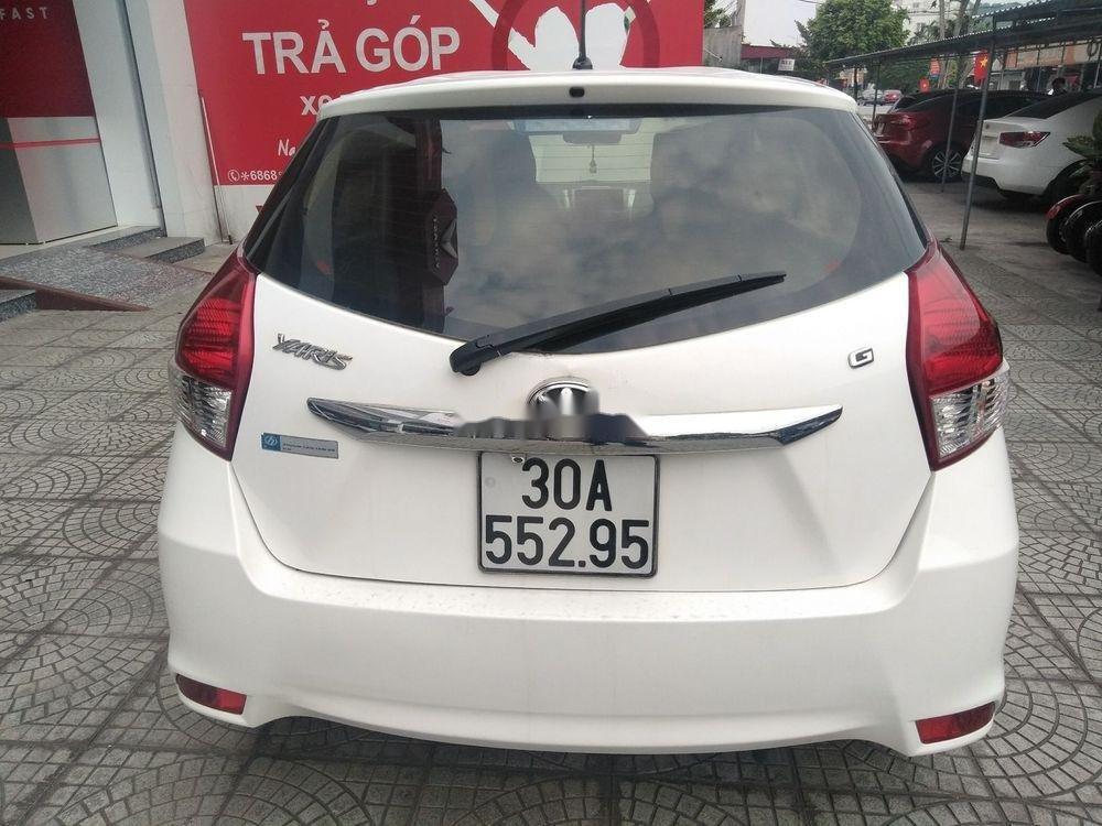 Cần bán xe Toyota Yaris đời 2014, màu trắng, xe nhập (1)