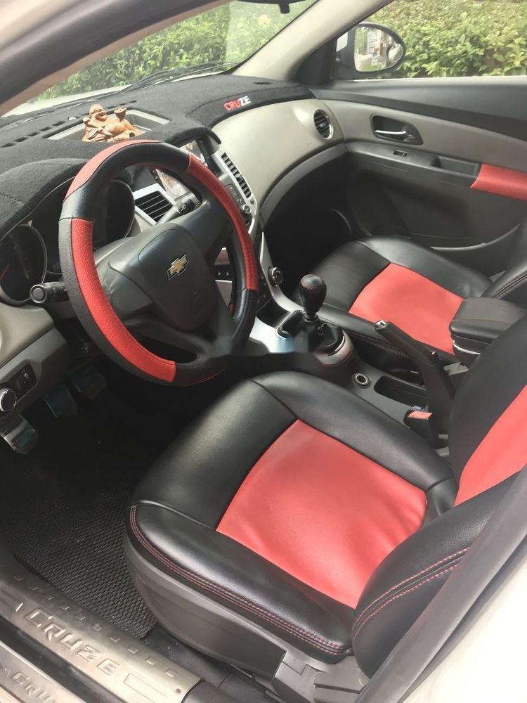 Bán xe Chevrolet Cruze 2011, màu trắng, giá tốt (4)