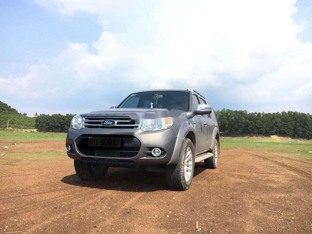 Cần bán xe Ford Everest MT năm sản xuất 2014 chính chủ, 615 triệu (2)
