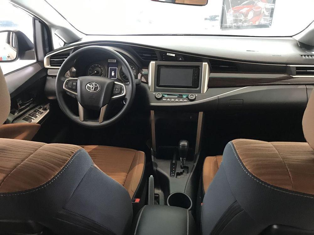 Cần bán Toyota Innova đời 2019, ưu đãi tốt (5)