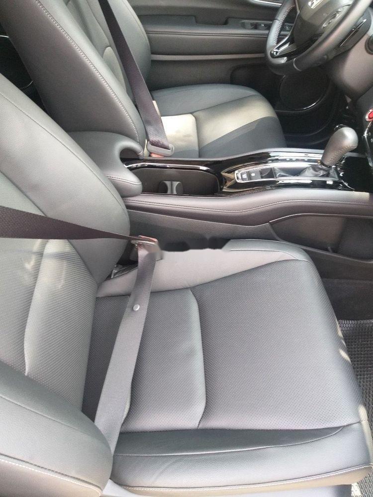 Cần bán xe Honda HR-V 1.8L 2018, màu đen, nhập khẩu xe gia đình (4)