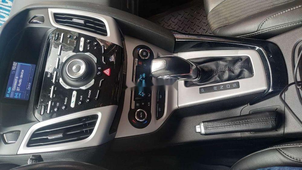 Cần bán xe Ford Focus đời 2014, màu xám xe gia đình, giá 495tr xe nguyên bản (4)