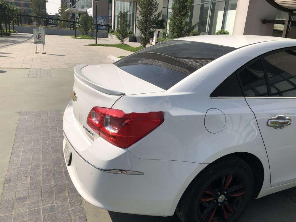 Bán Chevrolet Cruze MT đời 2016, màu trắng số sàn giá tốt (1)